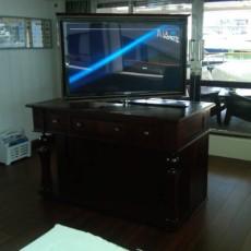 supporti-tv-motorizzati-rotazione-360-8C